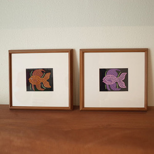 mola Art frame  (fish brown/purple)