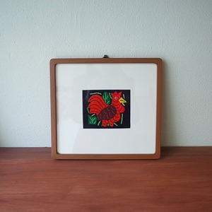 mola art frame (chicken / orange)