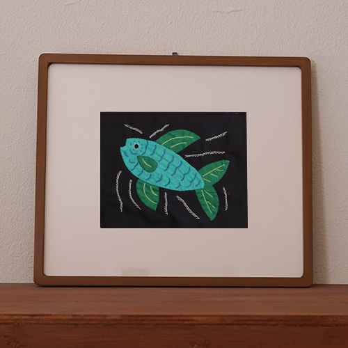 mola art frame (fish / mint L)