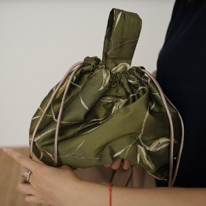 silky poppy bucket bag_deep olive *5차